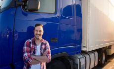 zelfstandig vrachtwagenchauffeur.